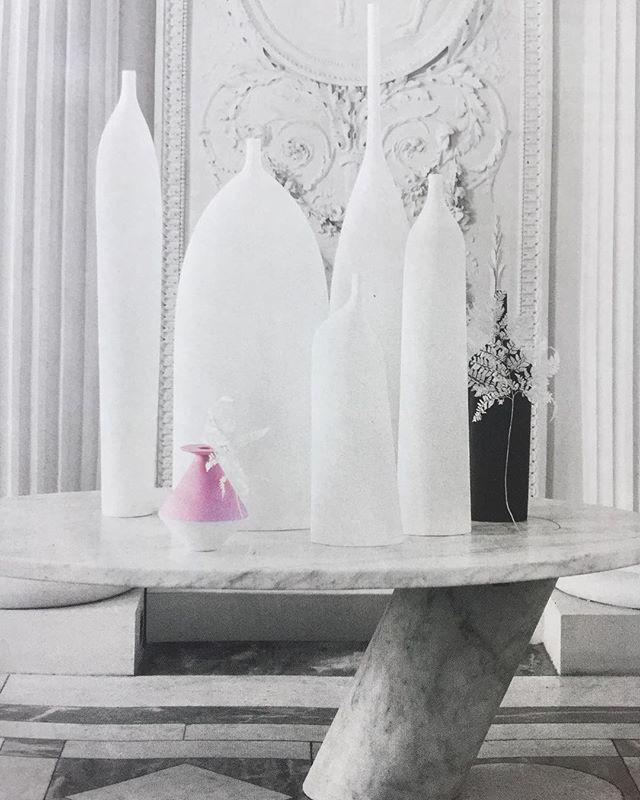 Merci @elledecorationfr @christeleageorges @ricardromain pour cette très belle parution dans le dernier numéro de Elle Déco!! Pink Lodge. Sérénité Collection. #decoration #porcelaine #inspiration #pinky #vase #interiordesign #serinity #weddinggift #maison
