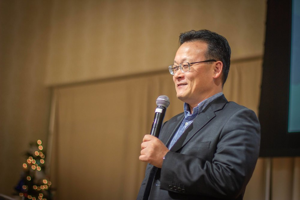 Rev. Yang shared about Father and Mother Moon's life.