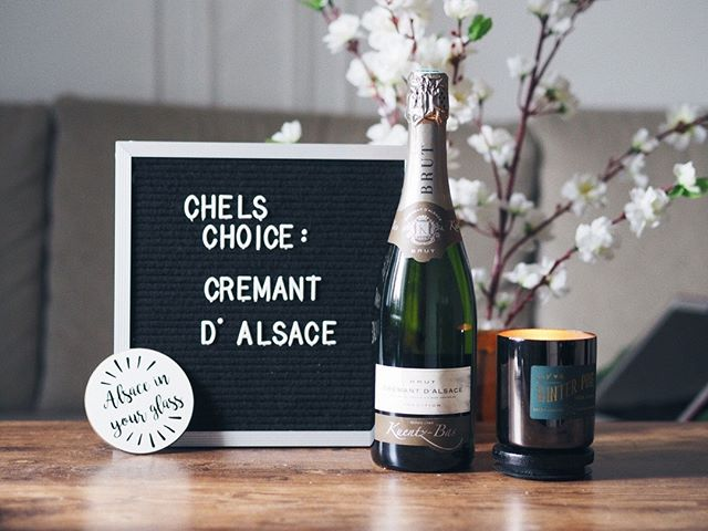 Not sure what to drink this #WineWednesday? @ChelLovesWine recommends Crémant d'Alsace.⠀ ⠀ Which is your favorite?⠀ -⠀ -⠀ -⠀ -⠀ #DrinkAlsace #Alsace #WinesofAlsace #Alsatianwine #Frenchwine #France #NYC #NJ #cremant #sparklingwine #bubbly #sparkling #crémant #cremantdalsace #welovealsace #winelover #winelovers #newyork #like #winesofinstagram #influencer #follow #board #chelloveswine #floral #flowers #drinkwine #winedrinker #vino