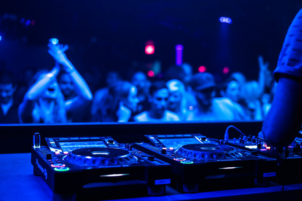 CLUB STYLE SOUND SYSTEMS -