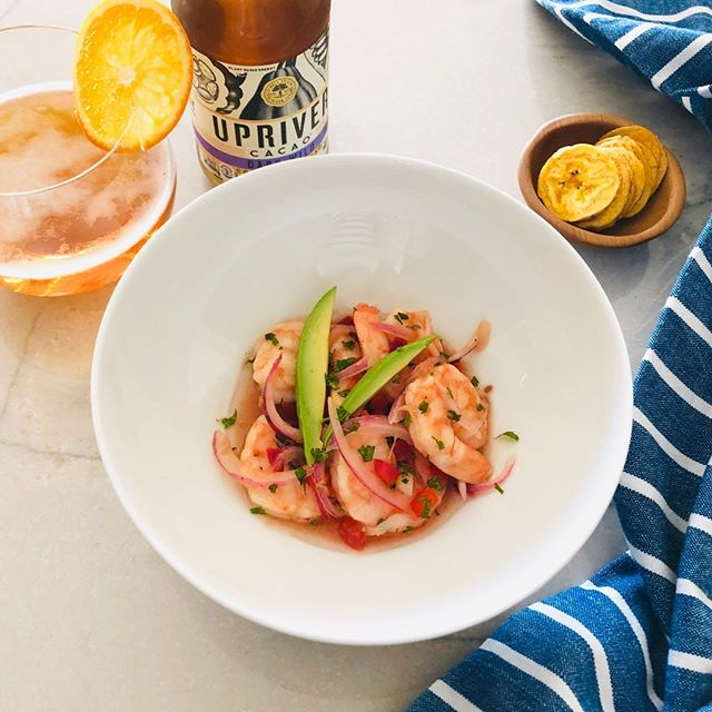 People who love to eat are always the best people. ~ Julie Child. Who can agree with that?! 🙋🏻‍♀️🍽🥃😋⠀ ⠀ #beyondcoffee #cacao #coldbrewCACAO #bitterisbetter⠀ ⠀ #coldbrew #ceviche #feedfeed #f52grams #healthyfoodshare #cleanfoodshare #cleaneating #bbgfood #gloobyfood #mindbodygreen #droolclub #spoonfeed #forkyeah #pecans #eeeeeats #huffposttaste #buzzfeastfood #healthyrecipes #food4thought