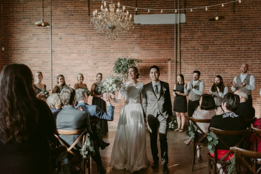 rustic-industrial-wedding-at-the-commons-calgary-wolf-n-fox-photography-27-700x467.jpg