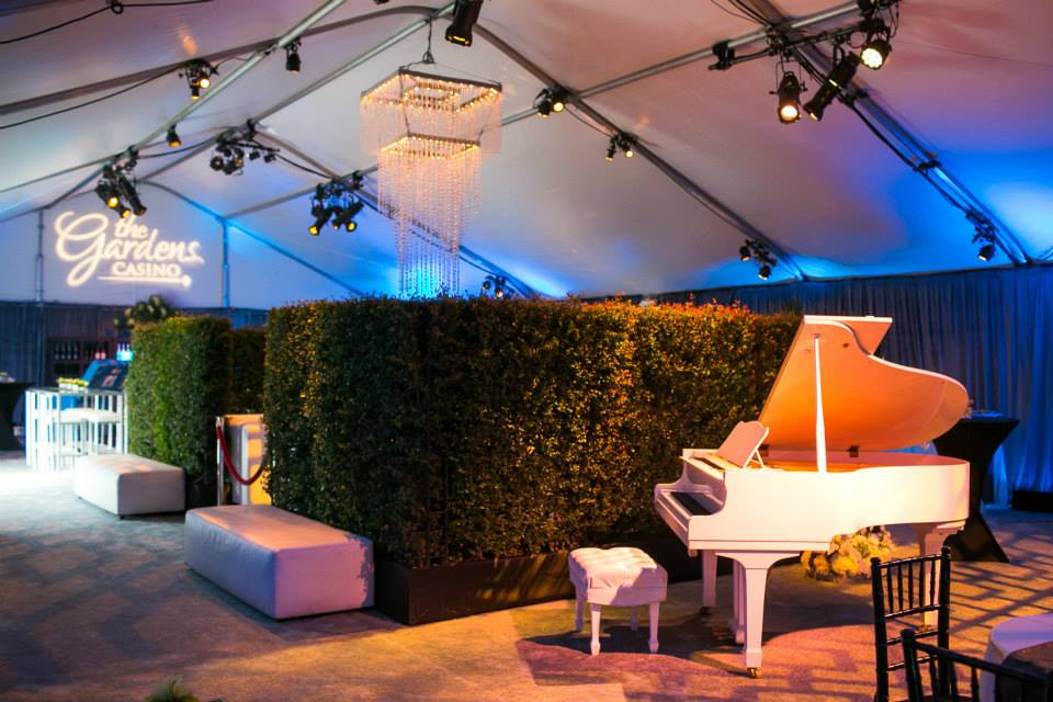 ChouraEvents_Special_Events_HedgeWall_Tent.jpg