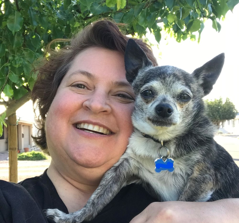 Gloriana Hunter lives in Phoenix with her spouse and way too many little dogs.