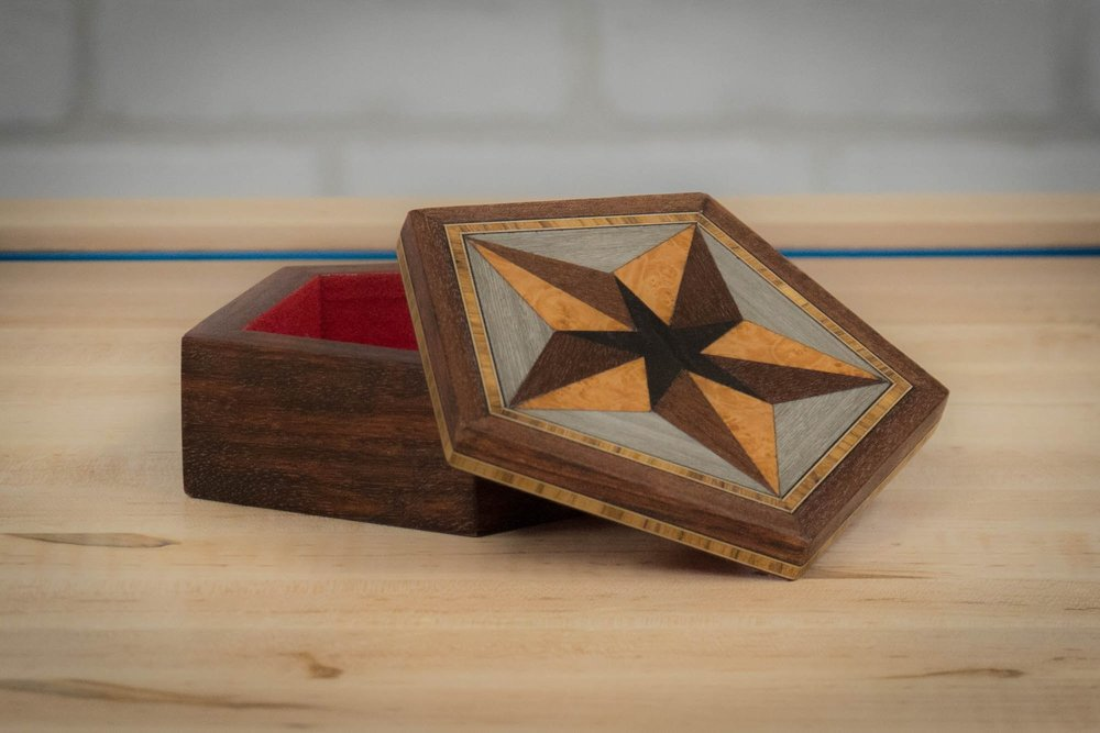 Making A Wood Box With Veneer Inlay And Marquetry