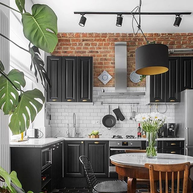 Subway tile + exposed brick inspo by @m2project.ru