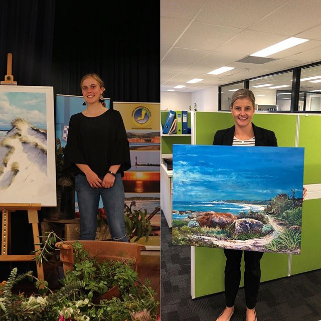 We are very grateful for the support of artists Victoria Rolinski and Terry Braund who very generously provided paintings for our raffle ❤️ All proceeds from the raffle goes towards bringing the exhibition together ❤️ Two very lucky young ladies started their art collections by winning first and second prize - we think they look very pleased!! #ypartexhibition