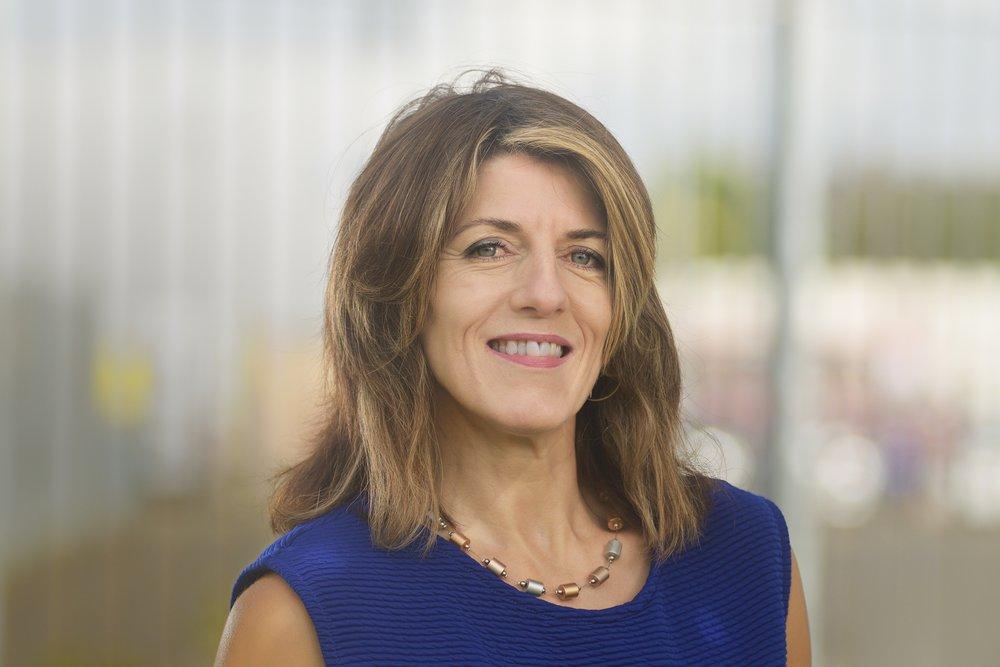 Nina Graham    Business Adviser