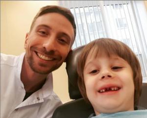Удаление молочных зубов в клинике