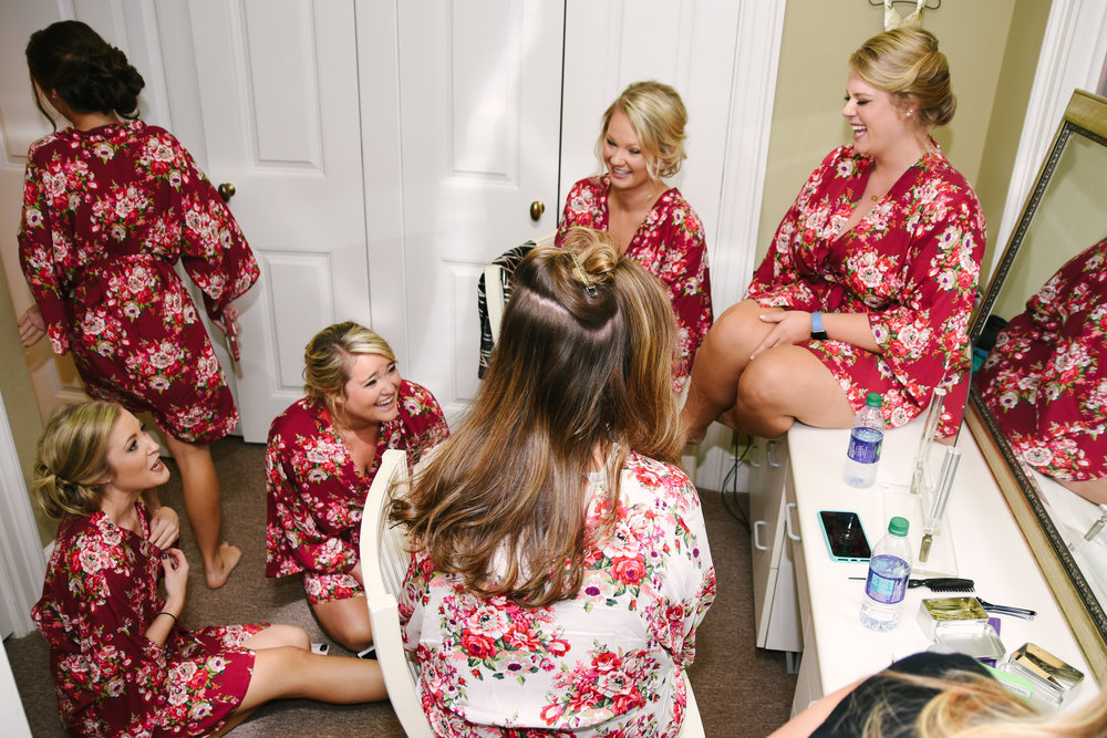 Bridal suite - The Brdial Suite provides a perfect location for all your pre-wedding rituals. Upstairs of the Ocala House keeps brides in a center location while being hidden from guests and husband-to-be until just the moment.