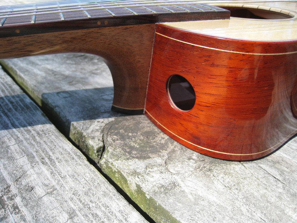 mustguitars-ukulele-sixstring-comp (1).JPG