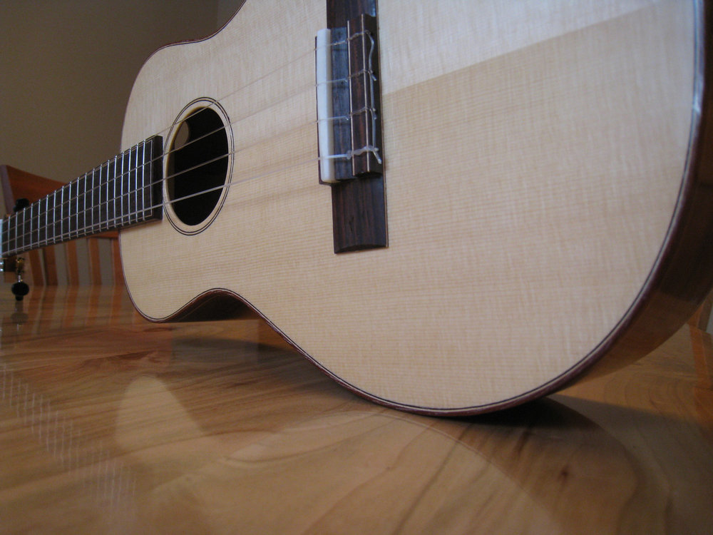mustguitars-ukulele-blakes4-comp (1).JPG
