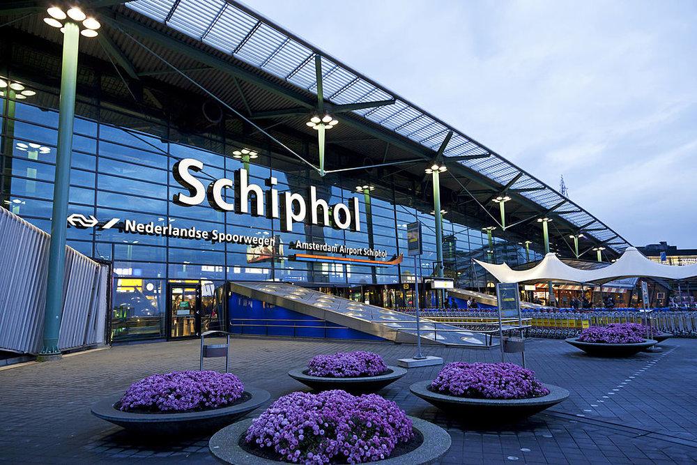 Schiphol-lr.jpg