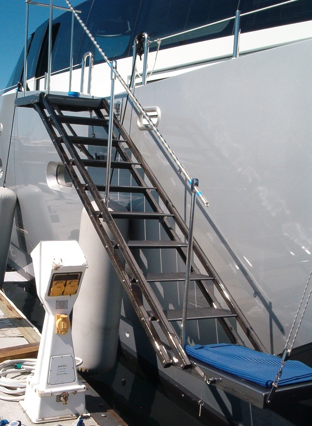 Carbon_GMT_Sea_Stairs.JPG