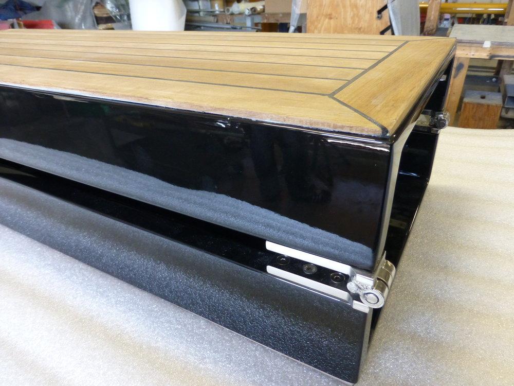 Folding_Carbon_Gangway_Teak-Deck.JPG