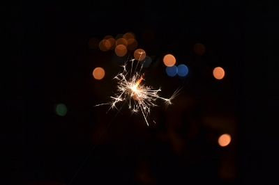 sparkler-1826607_640.jpg