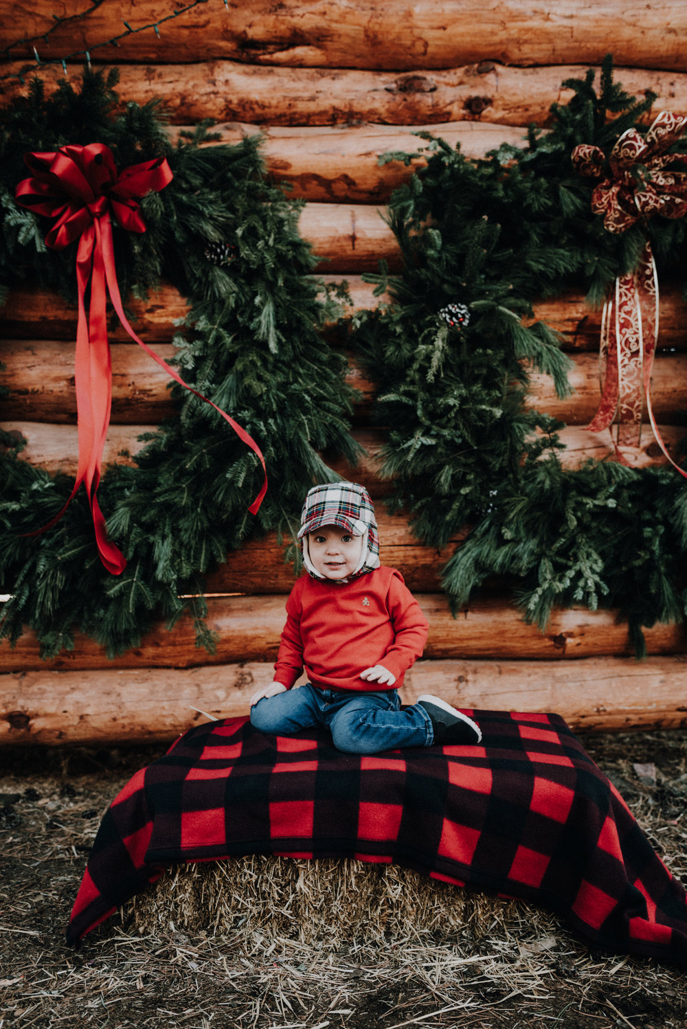 Family sessions include an hour of shooting, print release, & easy online viewing & downloading. -