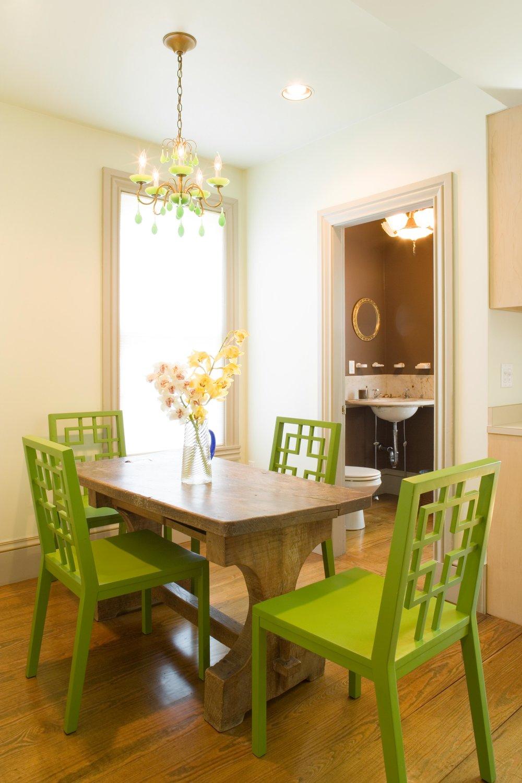 06.046.06 kitchen table.jpg
