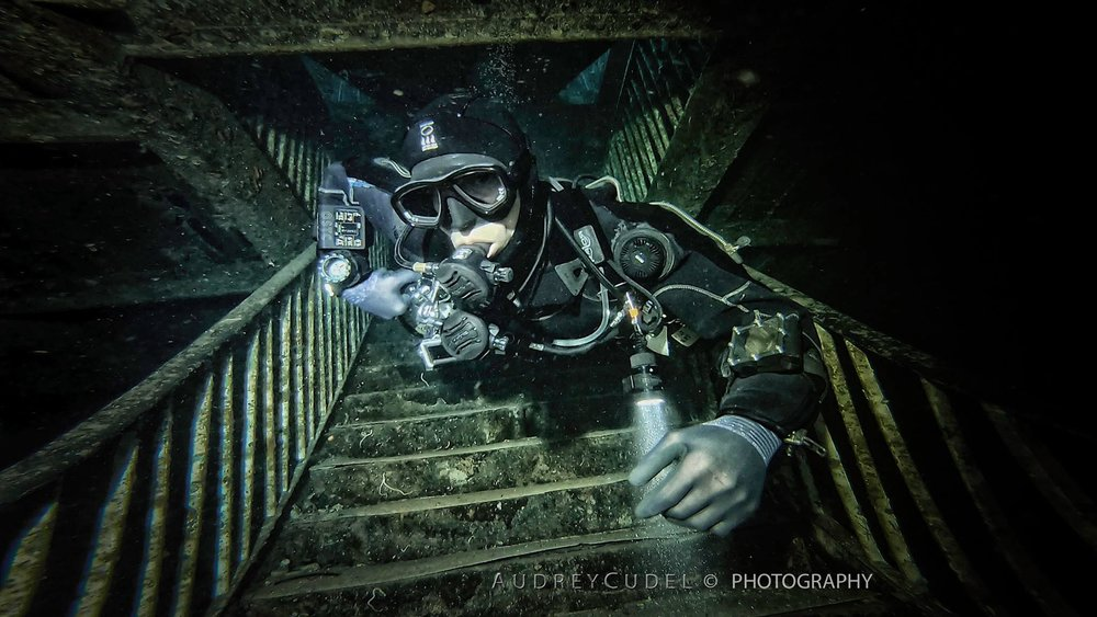 SIDEMOUNT ESSENTIALS -