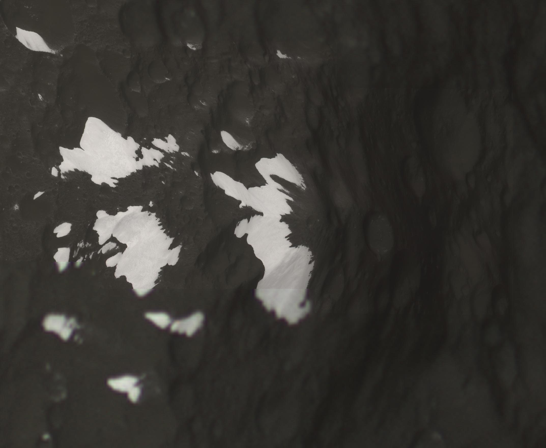 Iapetus's Voyager Mountains