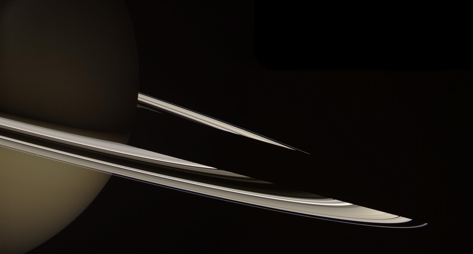 Saturn by Gordan Ugarkovic