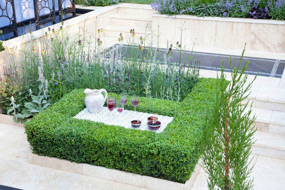 Buxus boxwood hedge modern estate garden outdoor living natural flower bed