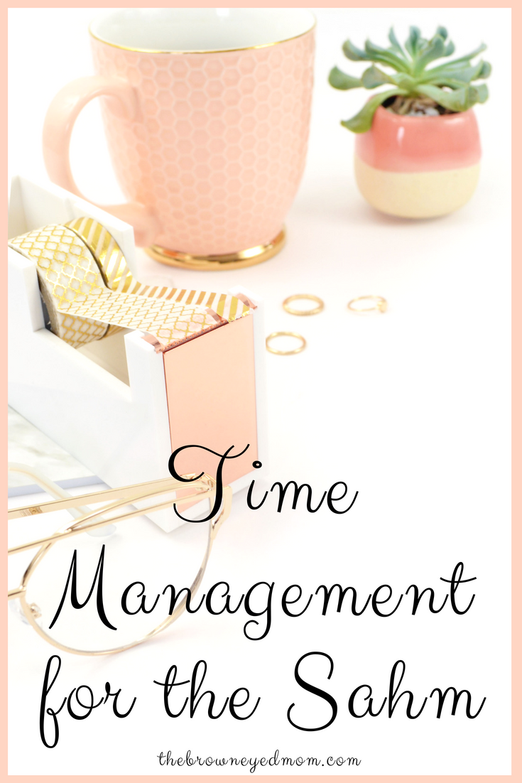 Are you in need of being more efficient in your life as a SAHM? Find out what you're doing wrong and how to fix it! #homemaking #sahm #organization #planning #motivation