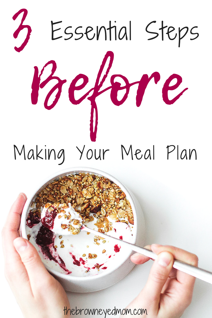 Do you stink at meal planning? If so, there may be a few essential steps you aren't taking before you sit down to has out your meal plan for the week! #mealplanning #budget #organization #sahm