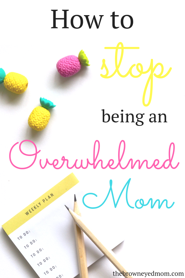 If you're constantly behind on your to-do list and feel overwhelmed as a mom, you're not alone! It's time to stop being overwhelmed and start being productive! #sahm #wahm #bulletjournal #todolist