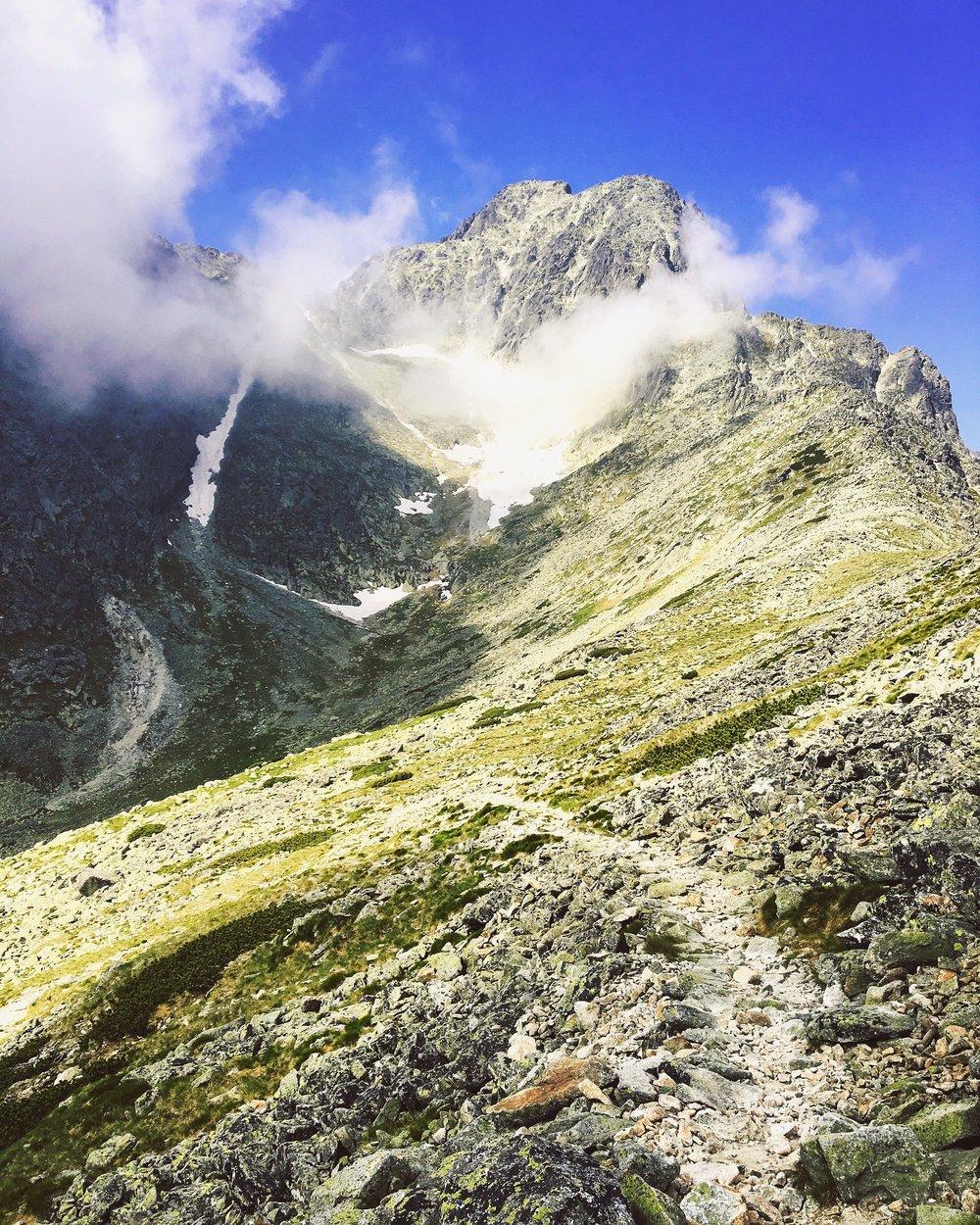The way down after you reached Veľká Svišťovka's peak