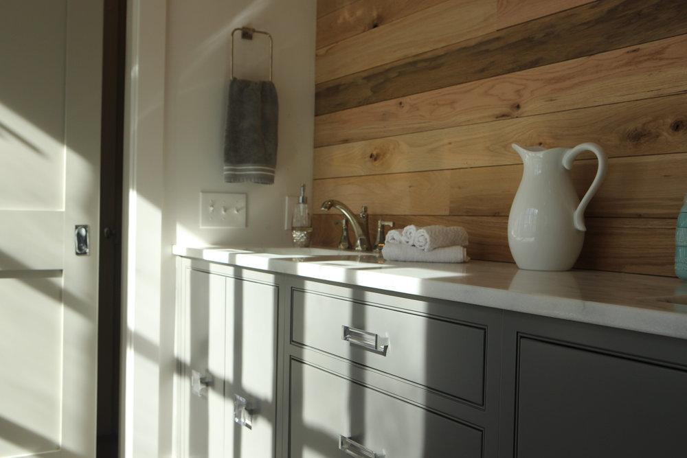 BrandinoBrass_Bathroom_McKinneyM_190.JPG
