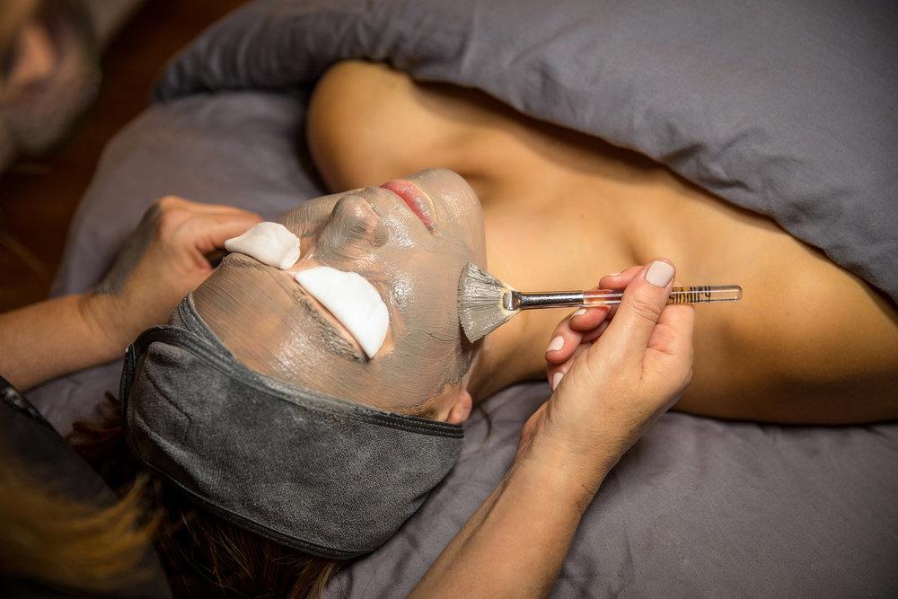 Skincare+Lounge-48.jpg