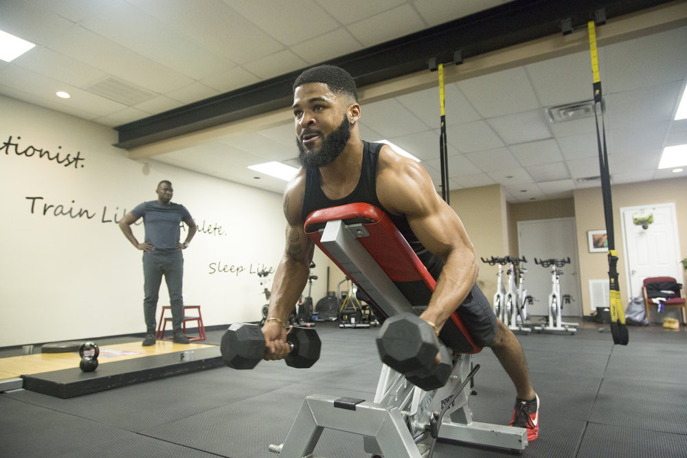 2018-3-29 NFL Prospect Dre Hall at Columbia Mid South 5 Fitness 06.jpg