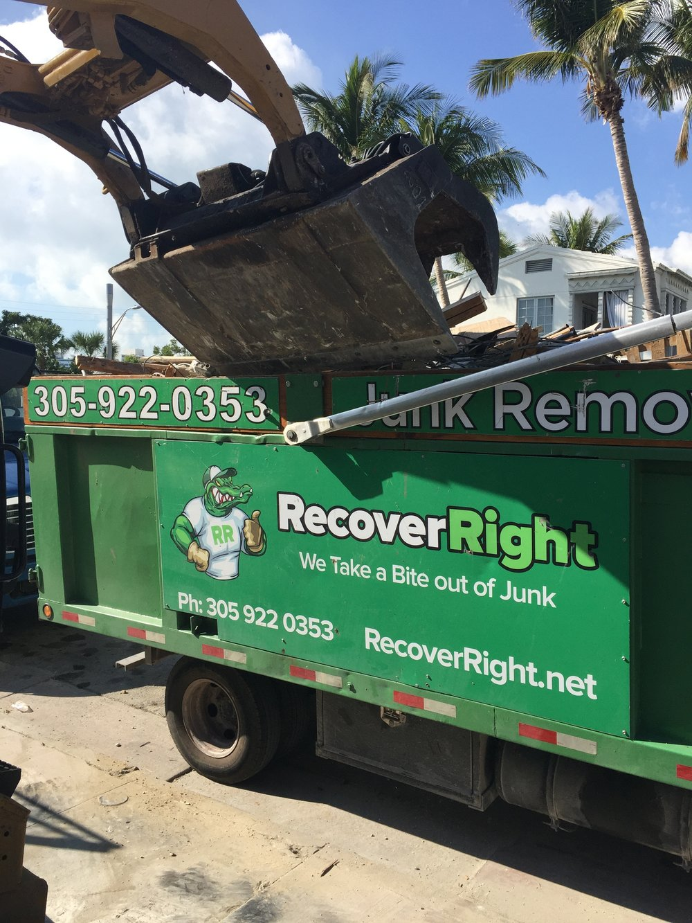 bobcat-service-available-in-miami