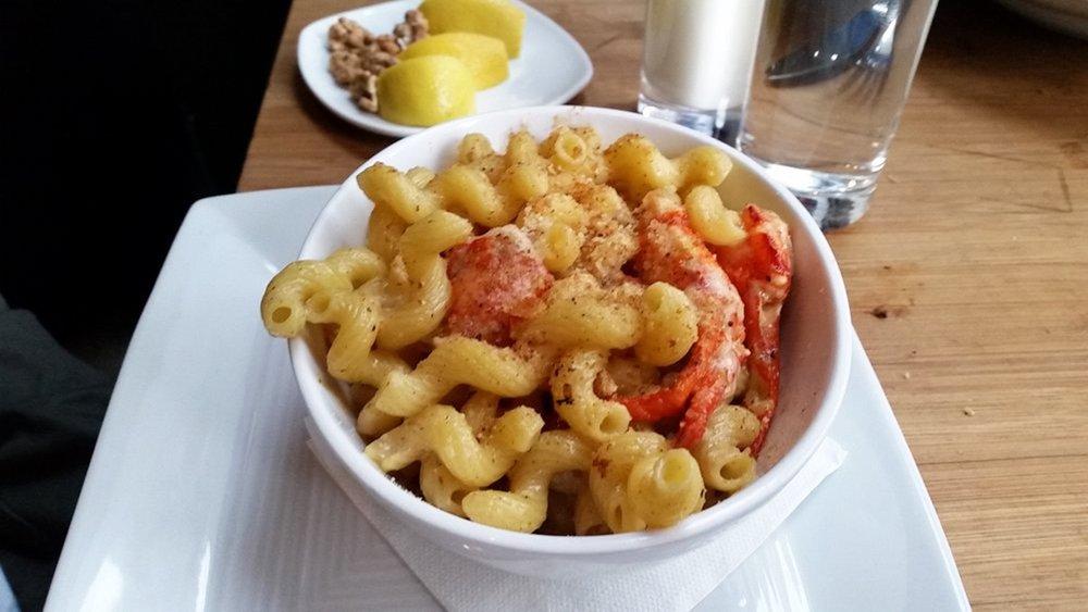 Lobster-Mac-Purple-Cafe.jpg