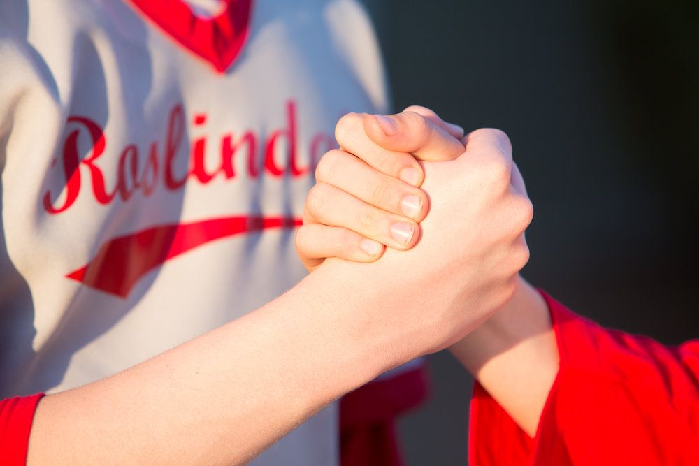 Rozzie boys shake hands.jpg