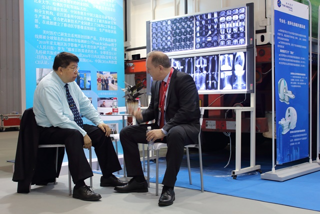 Professor Qiyuan Ma, CEO of Time Medical Systems Received European Client
