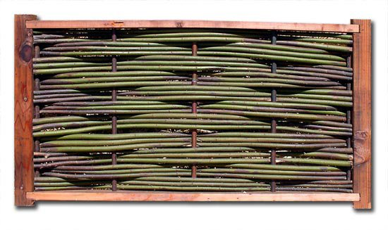 Maximum Density Triple Weave Wattle Panel with Copper Verticals and Redwood Frame
