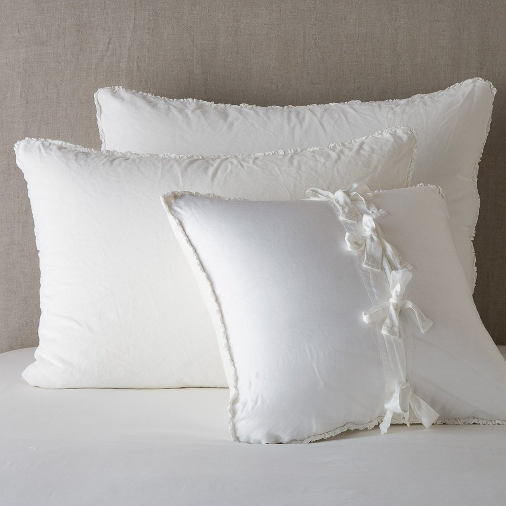 Helane_Cotton_Velvet_Sham_Winter_White_Bella_Notte_2_2000x.jpg