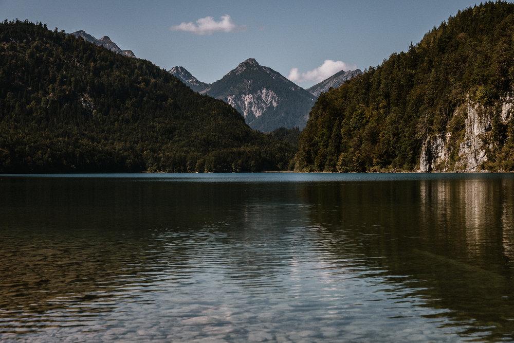 Alpsee im Allgäu, Schwangau, Bayern, Foto, Urlaub, Landschaftsfotos, Oliver Döll, Fotograf Andernach, Berge, See, Schloß Neuschwanstein