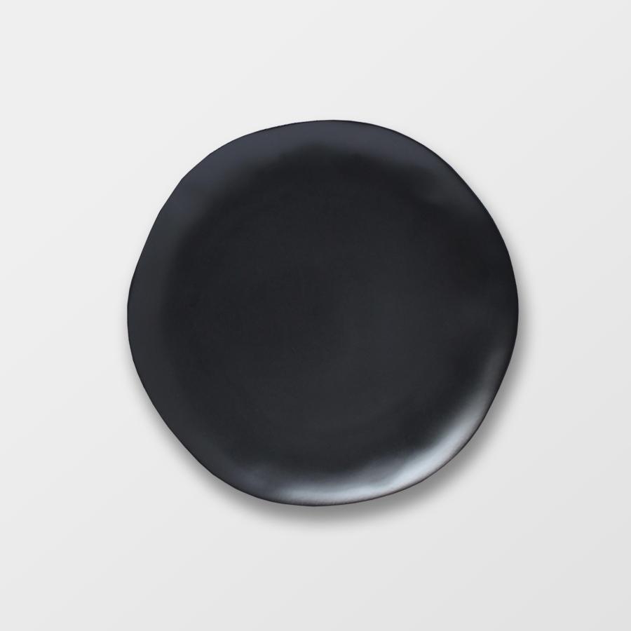 MIDNIGHT SALAD | BLACK   Hand-made stoneware Size : Diam. 21.5 cm  IDR 10,000/per piece  Qty Available: 45 pcs