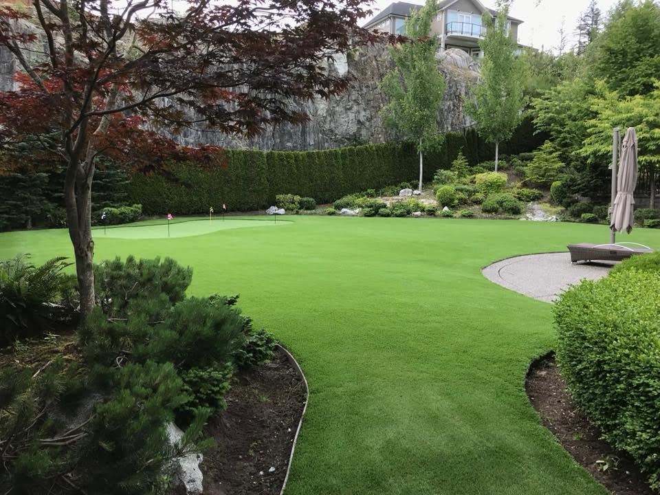 SYNTHETIC GRASS FOR PUTTING GREENS