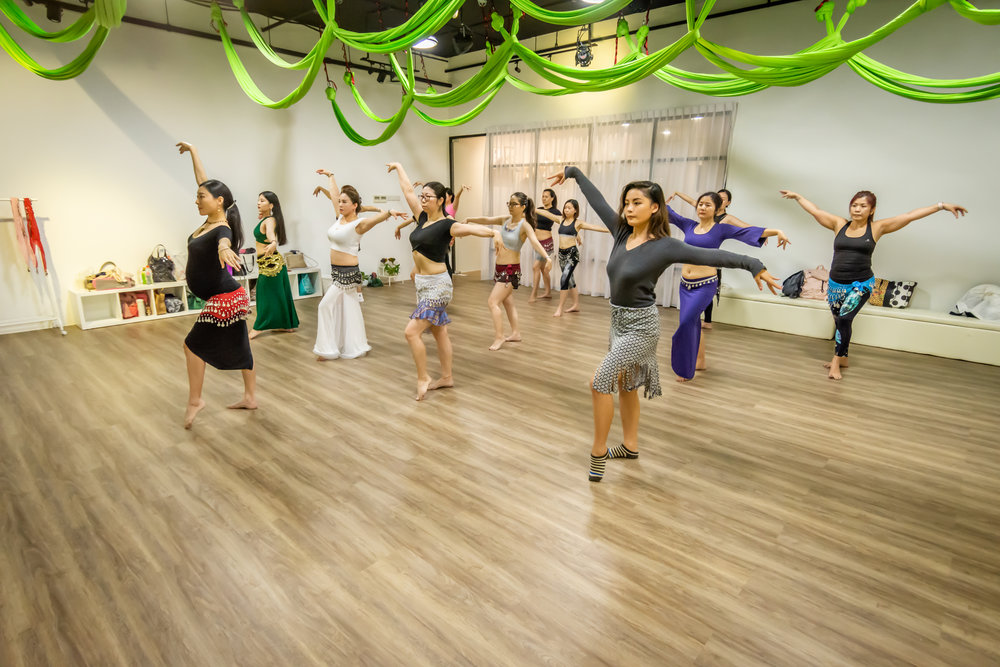 Dream Dance and Yoga Zumba Bellydance Fitness Class