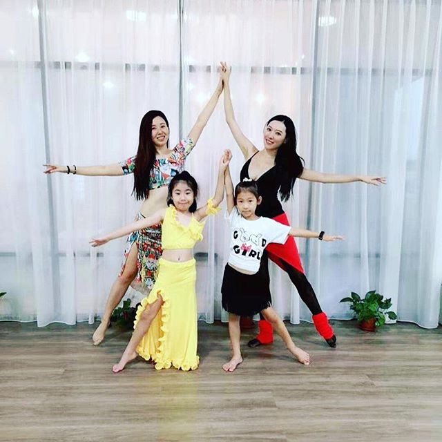 Started our 1st Mother & Child Bellydance class last Saturday and forgotten to take a group photo. Shall take one group photos with our daughters together. The little girls are great! Look forward to see all of you again this Saturday ☺️ . . . #motherdaughter #motherdaughterbellydance #motherandchild #motherandchilddance #daughters #sgmother #sgmothers #sgmotherhood #sgmom #sgmoms #sgmomslife #sgdancer #sgdancers #dancestudio #sgstudio #taiseng #taisengmrt #sophiameng #sgbellydance #sgbellydancer #sgbellydancers #bellydancersofinstagram #dreamdanceyoga #dreamdanceyogasg #dreamdanceyogasingapore