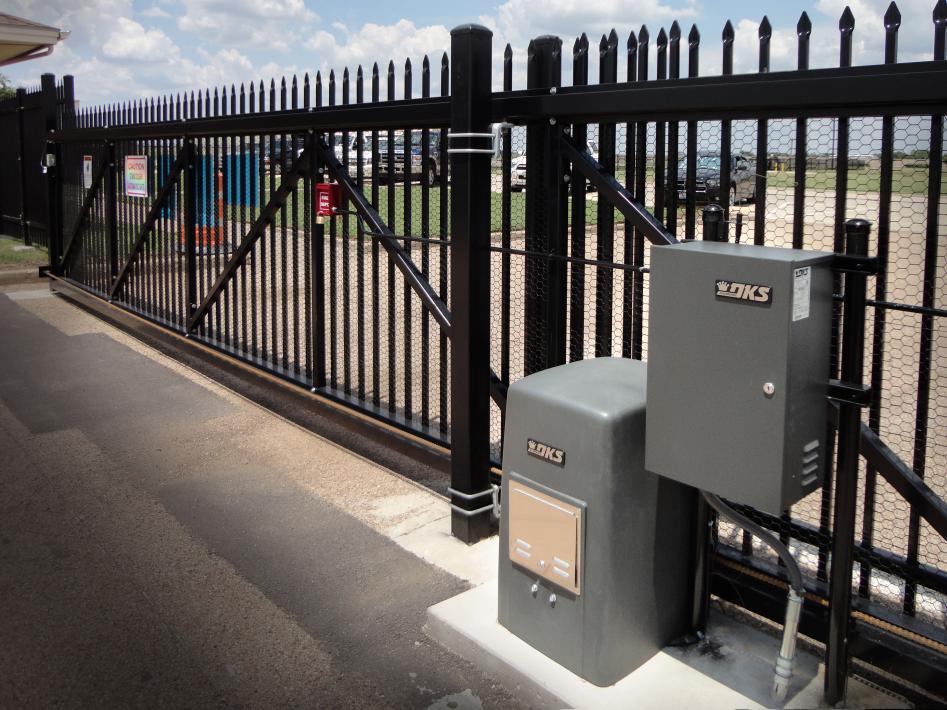 Commerical Gate Operator.jpg