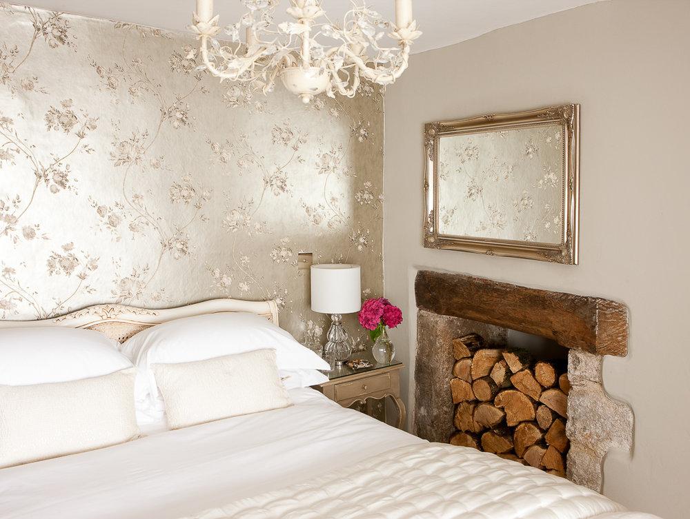HONEYMOONS - Escape To Our Romantic Devon Cottage