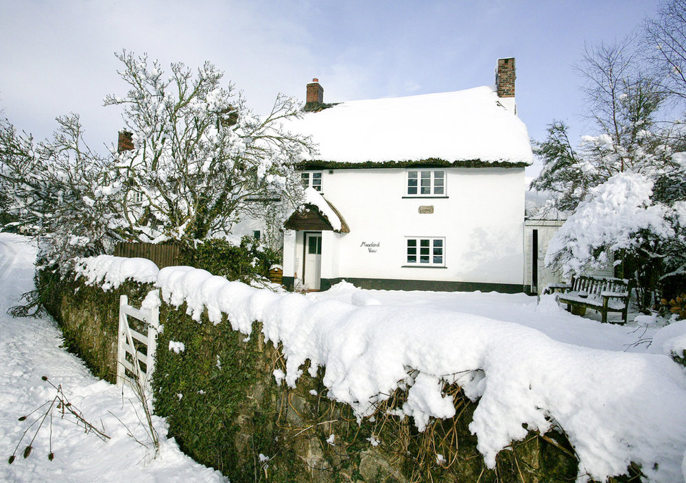 Moorland View Cottage in the snow
