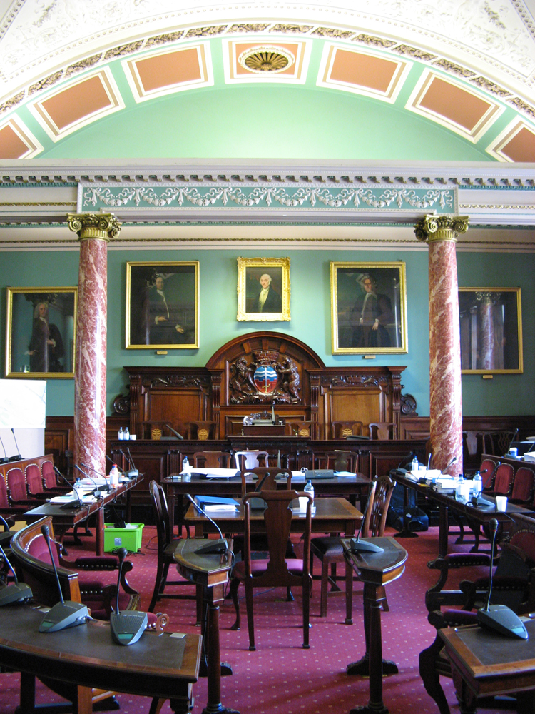 The council chamber. Image by Rwendland.