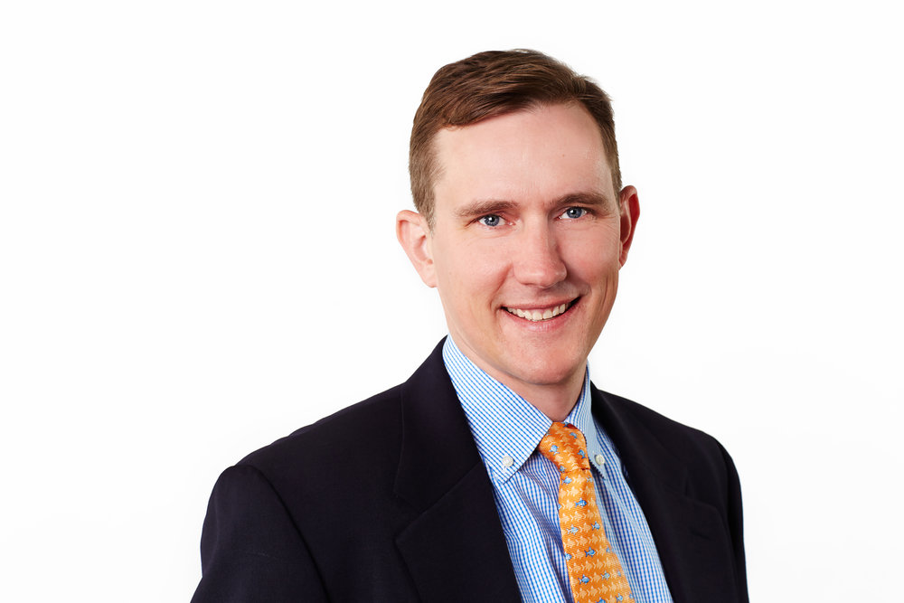 McLeanMortgageHeadshots-Travis-Curry_CBarker_Med.jpg