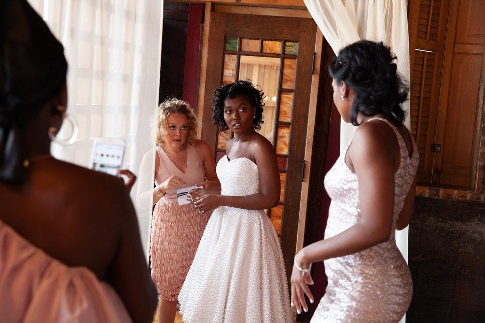 Black-wedding-sparkle.jpg